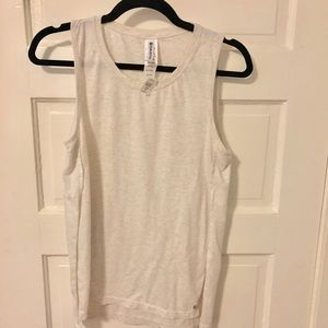 Cream, Fabletics muscle tank